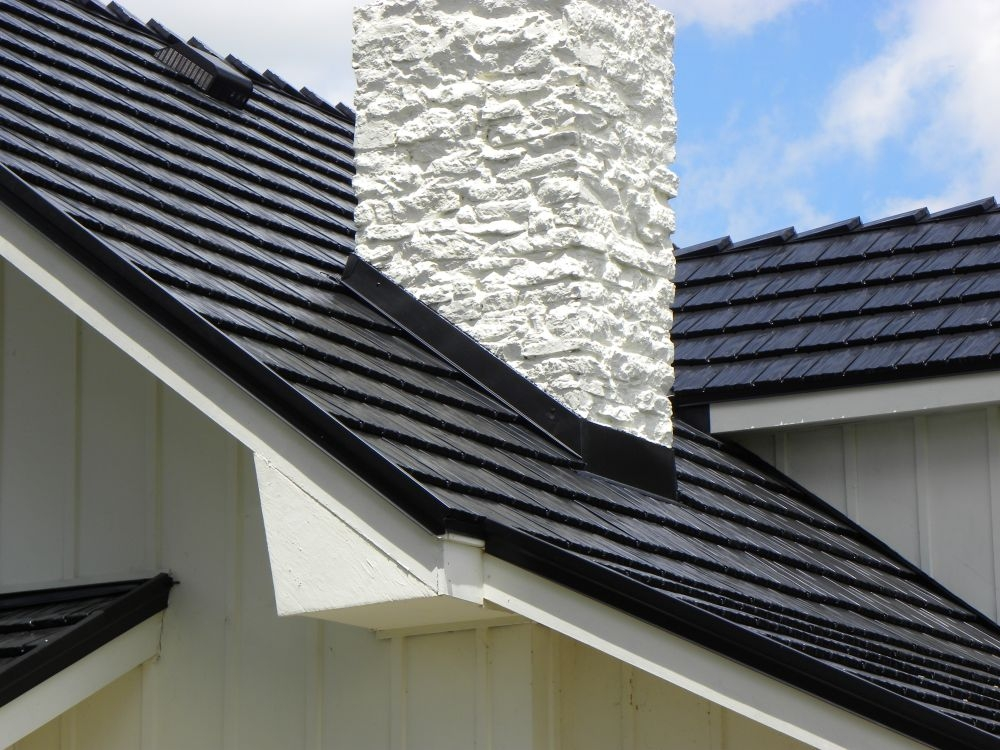Rustic shingle metal roofing for kentucky southern indiana and cincinnati - Black metal roof pictures ...