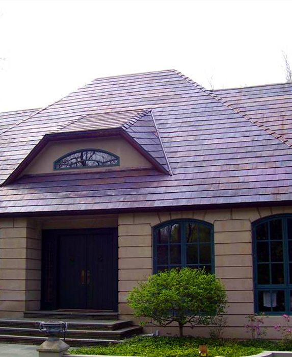 Oxford Shingle in solid copper offers old-world beauty with modern ease.